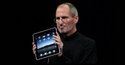 Steve Jobs quits as Apple CEO
